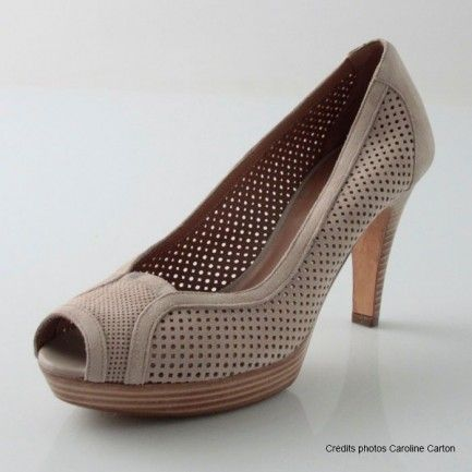 Fratelli Rossetti shoes beige suede perforated