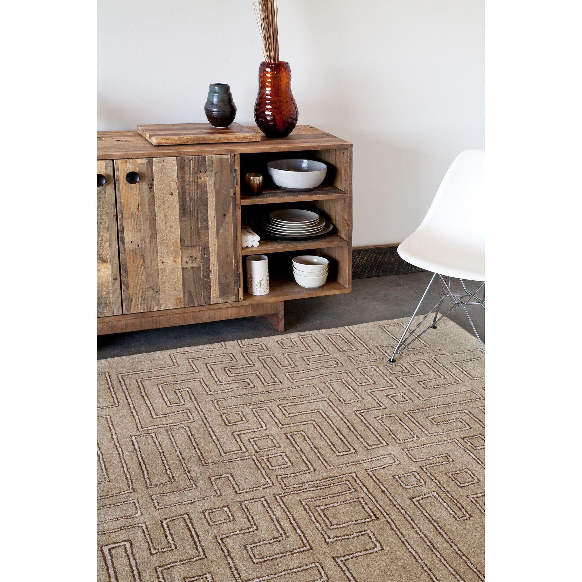 Stella Collection HandTufted Area Rug in Tan, Brown