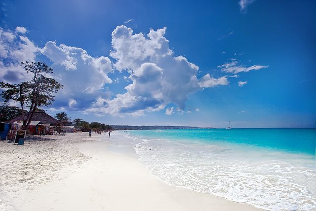 The Famous 7 Mile Beach Jamaica Negril By Wanderingtheworld Www Lostmanproject Via Flickr