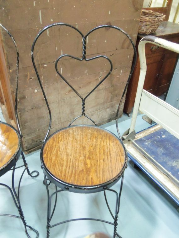 Set Of 4 Black Iron Ice Cream Parlor Chairs Heart By