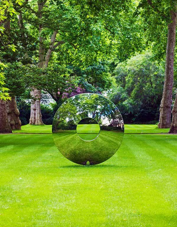 Torus Outdoor Sculpture In Stainless Steel Skulpturen Garten Gartenskulptur Zeitgenossische Skulptur