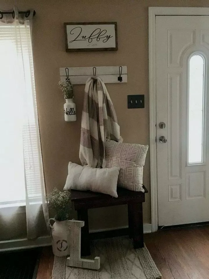 38 simple spring entry way bench homedecorideas on cozy apartment living room decorating ideas the easy way to look at your living room id=24955