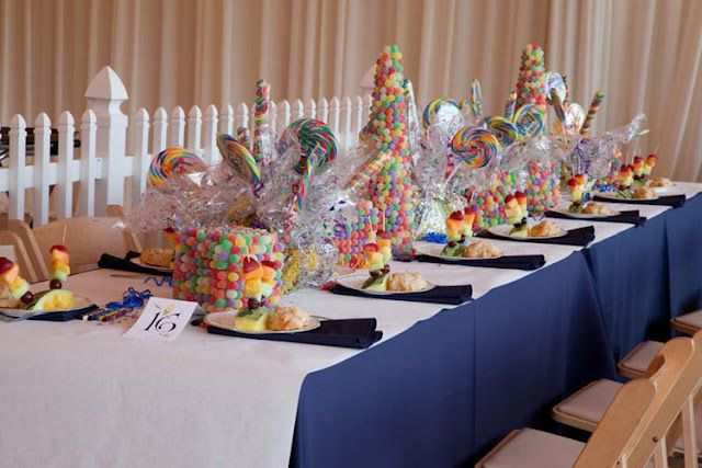 Really Fun Kids Table At A Wedding Kids Table Wedding Wedding