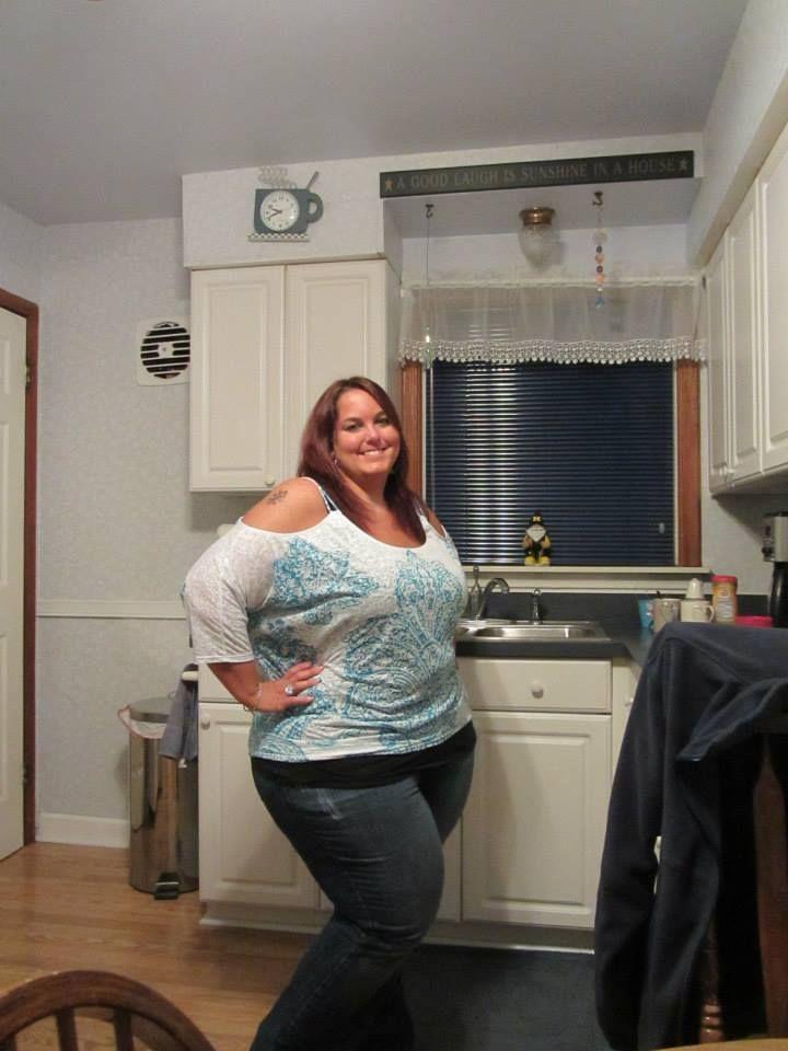 BBW Know Her Way Around The Kitchen