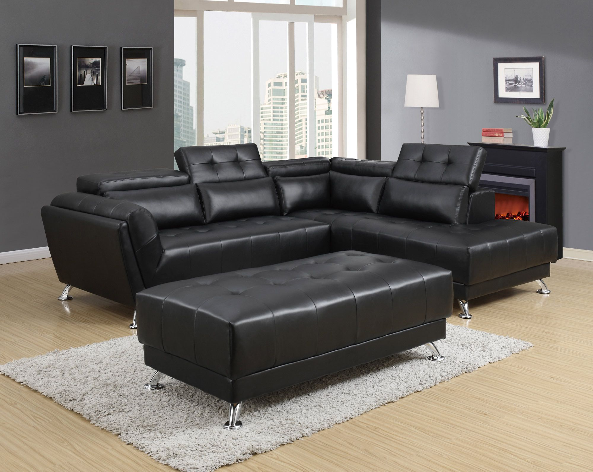 Sectional in Black Global Furniture