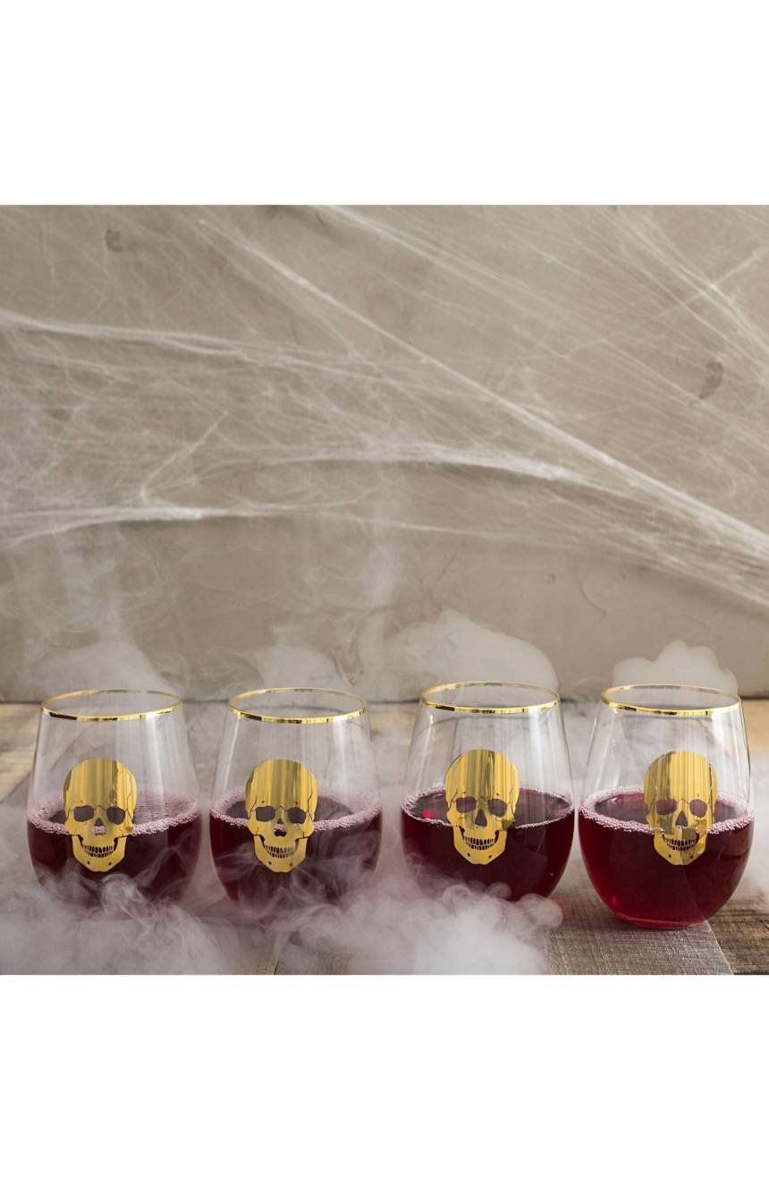 When only the most elegant Halloween drinkware will do, these stemless wine glasses featuring gleaming gold skulls are ready to help scare up a good time.