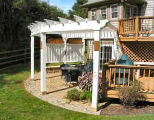 CUSTOM CEDAR PERGOLA WITH IPE FLOWER BOXES.jpg (300×235)