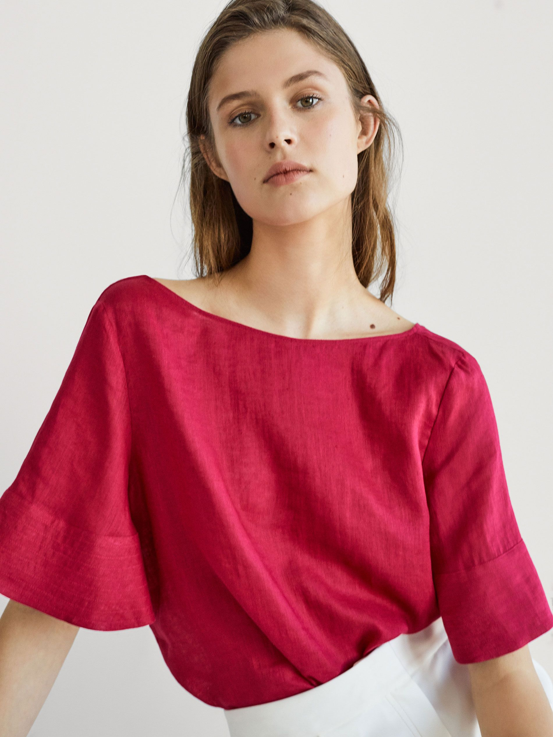 9adfdfb05969c9 LINEN TOP WITH TOPSTITCHING DETAIL - Women - Massimo Dutti