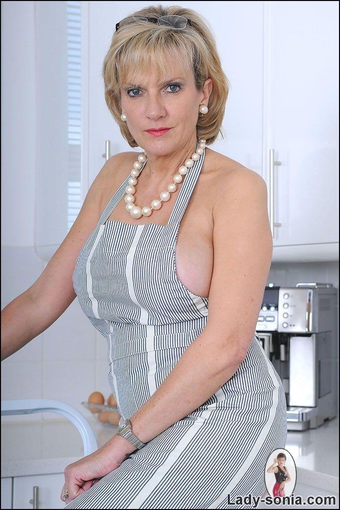 Blonde carisha amazing firm tits