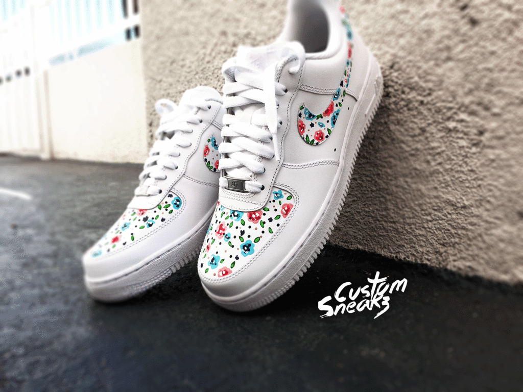 new product 23b13 3dc90 Copy of Nike Air Force 1 customs, AF1 custom, Air force Ones, All white  floral design Nike custom, cute and trendy design