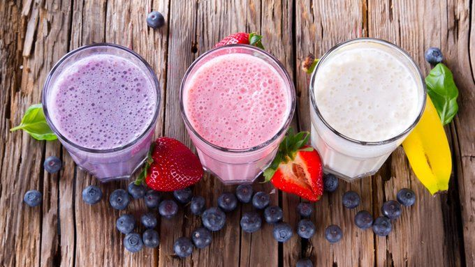 Blueberry, Strawberry and Banana Smoothies