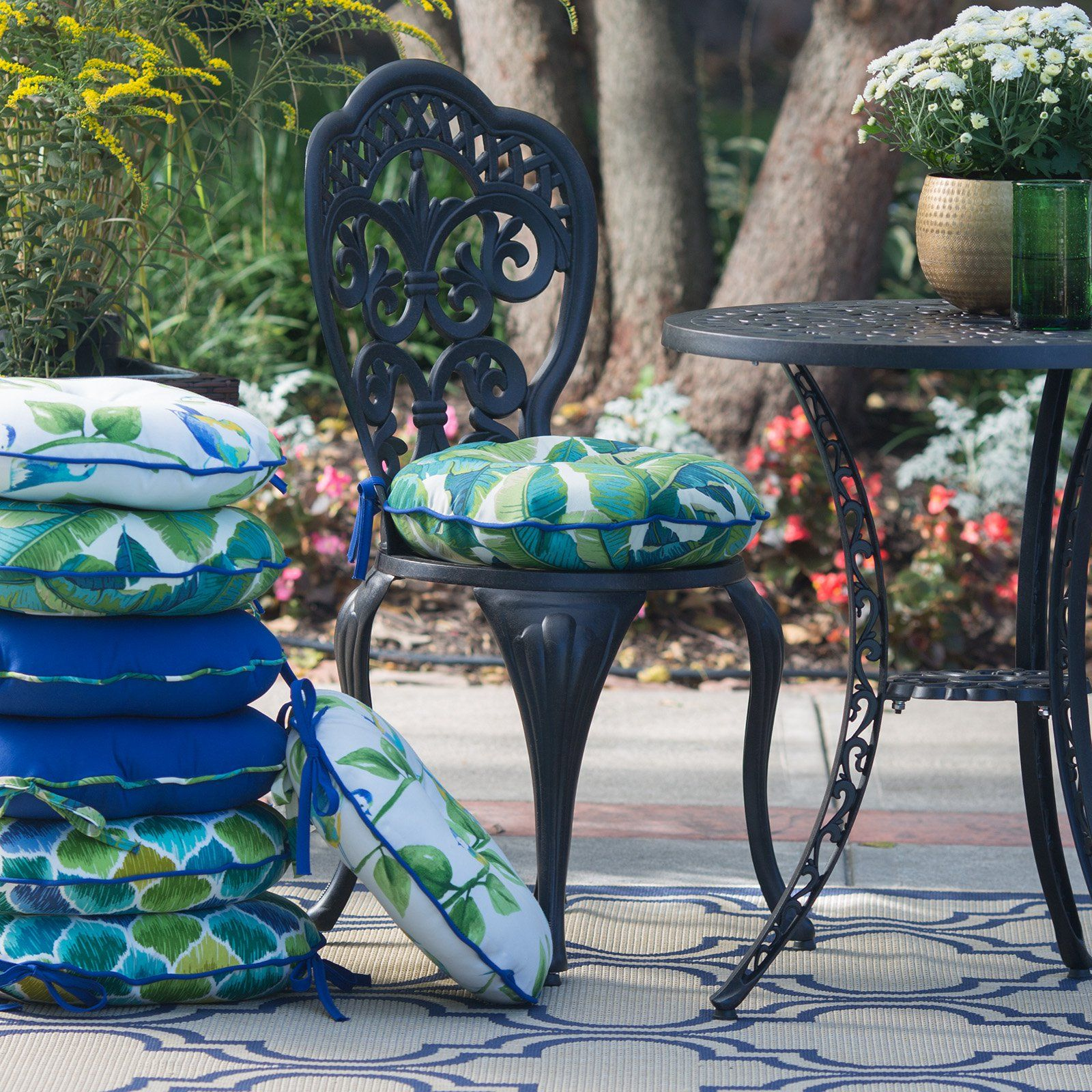 Ordinaire Coral Coast Curious Tropical Bird 15 In. Round Outdoor Bistro Chair Cushions    Set Of