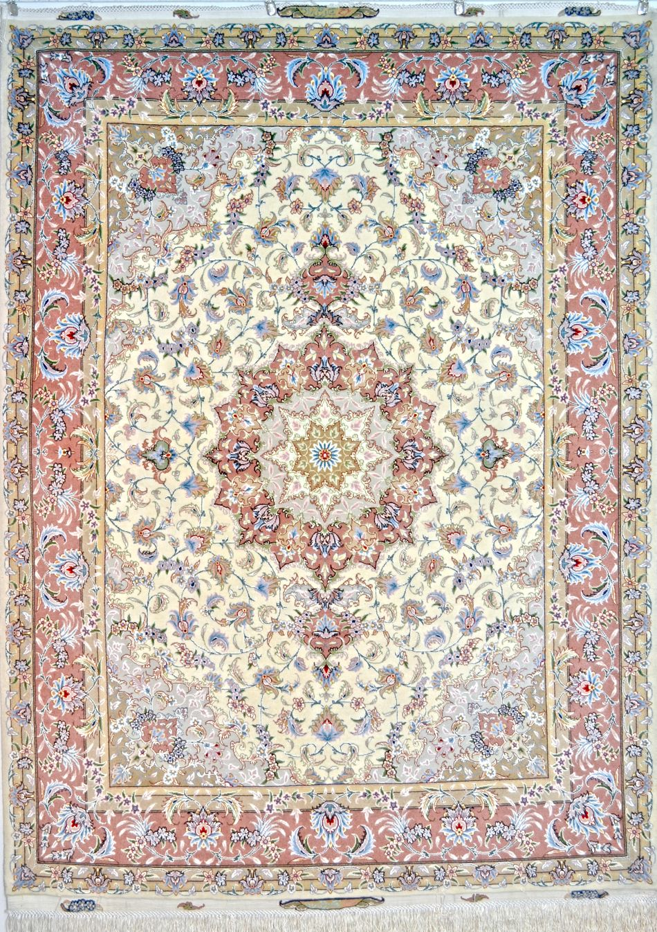 Taghizadeh Silk Persian Rug Item Hf 1013 Silk Persian Rugs Persian Rug Antique Persian Carpet