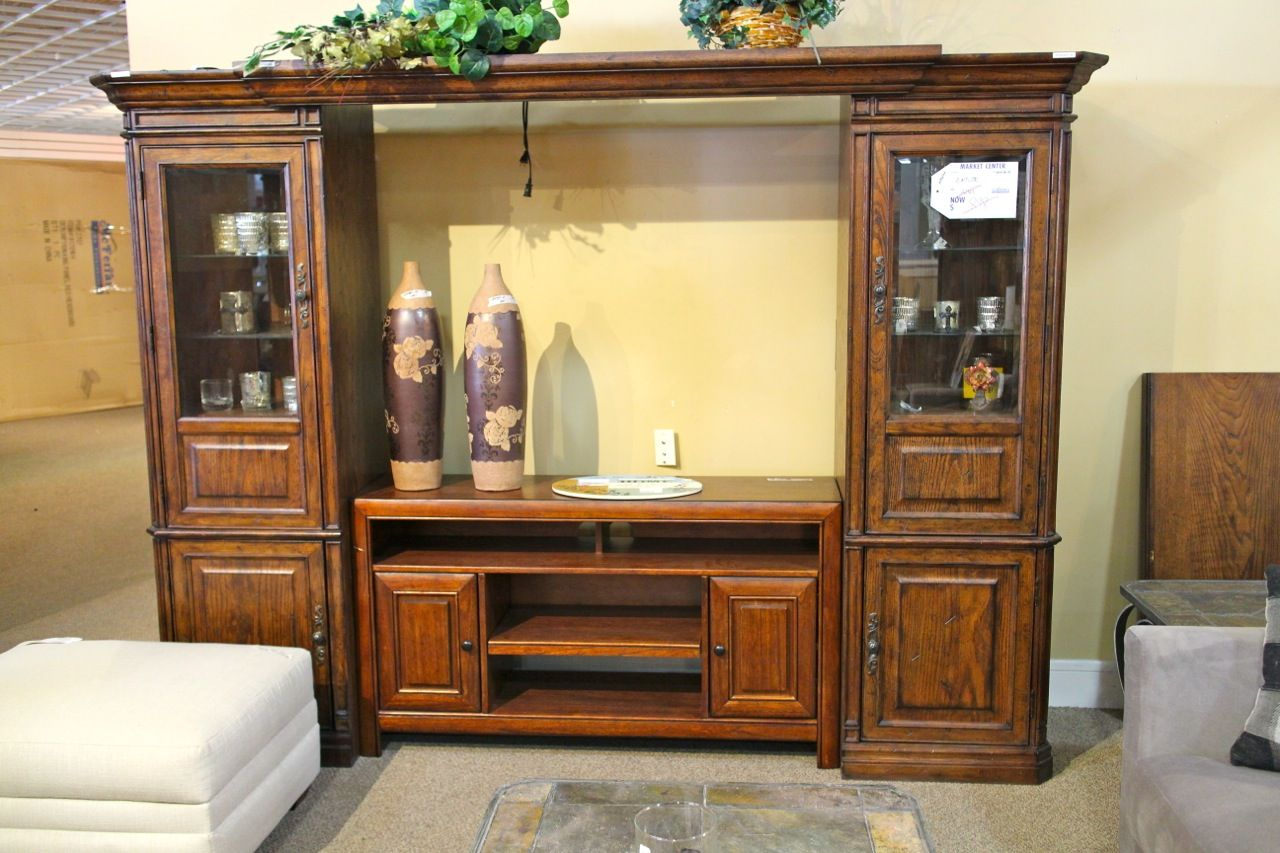 6bf777fbaea8a18009cfde872d6be2ad - Seven Quick Tips For Curio Cabinets Las Vegas