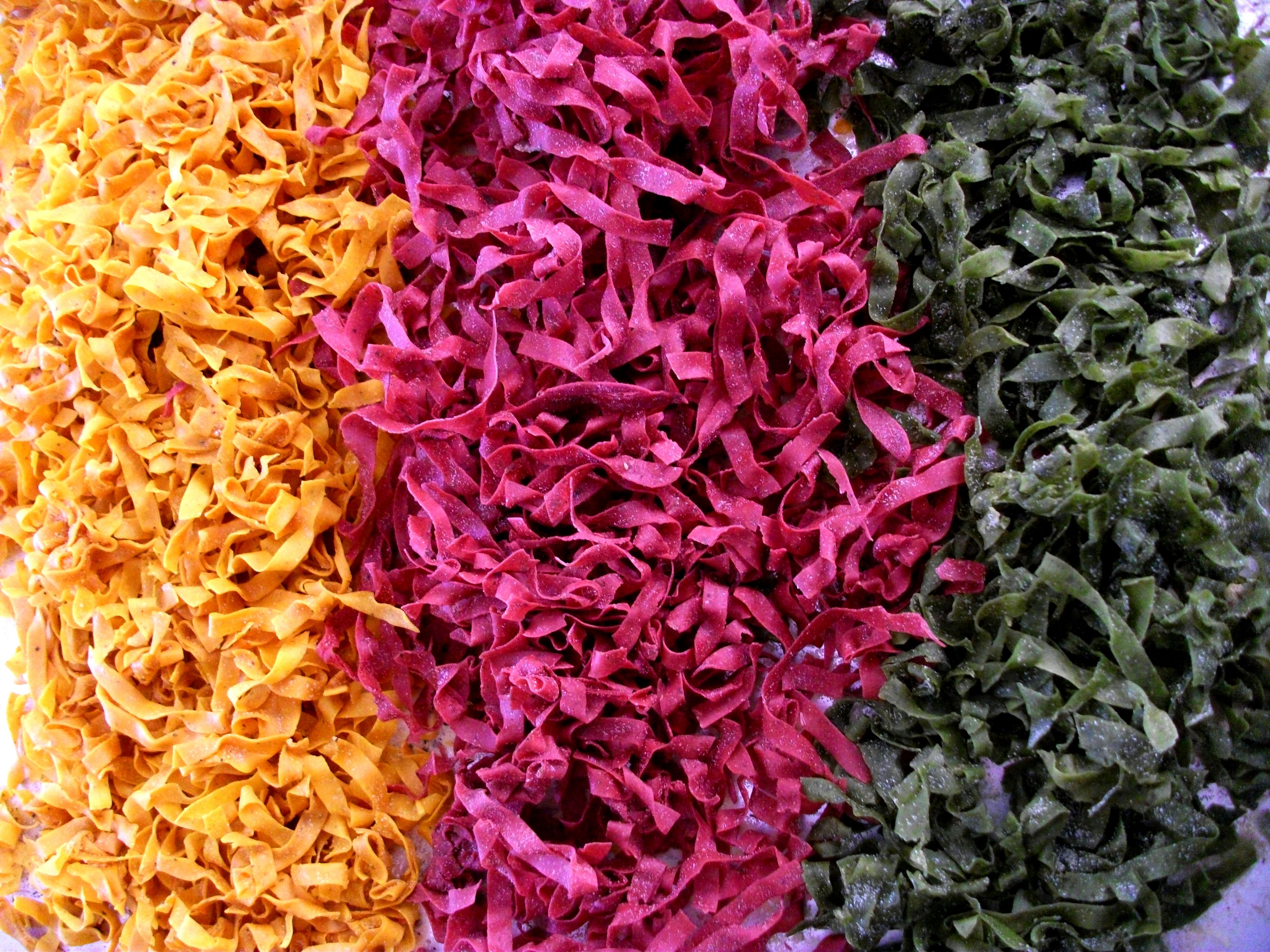 Pasta Noodles: Beet Root & Oregano (Purple) / Tumeric & Black Pepper (Yellow) / Spinach & Parsley (Green)