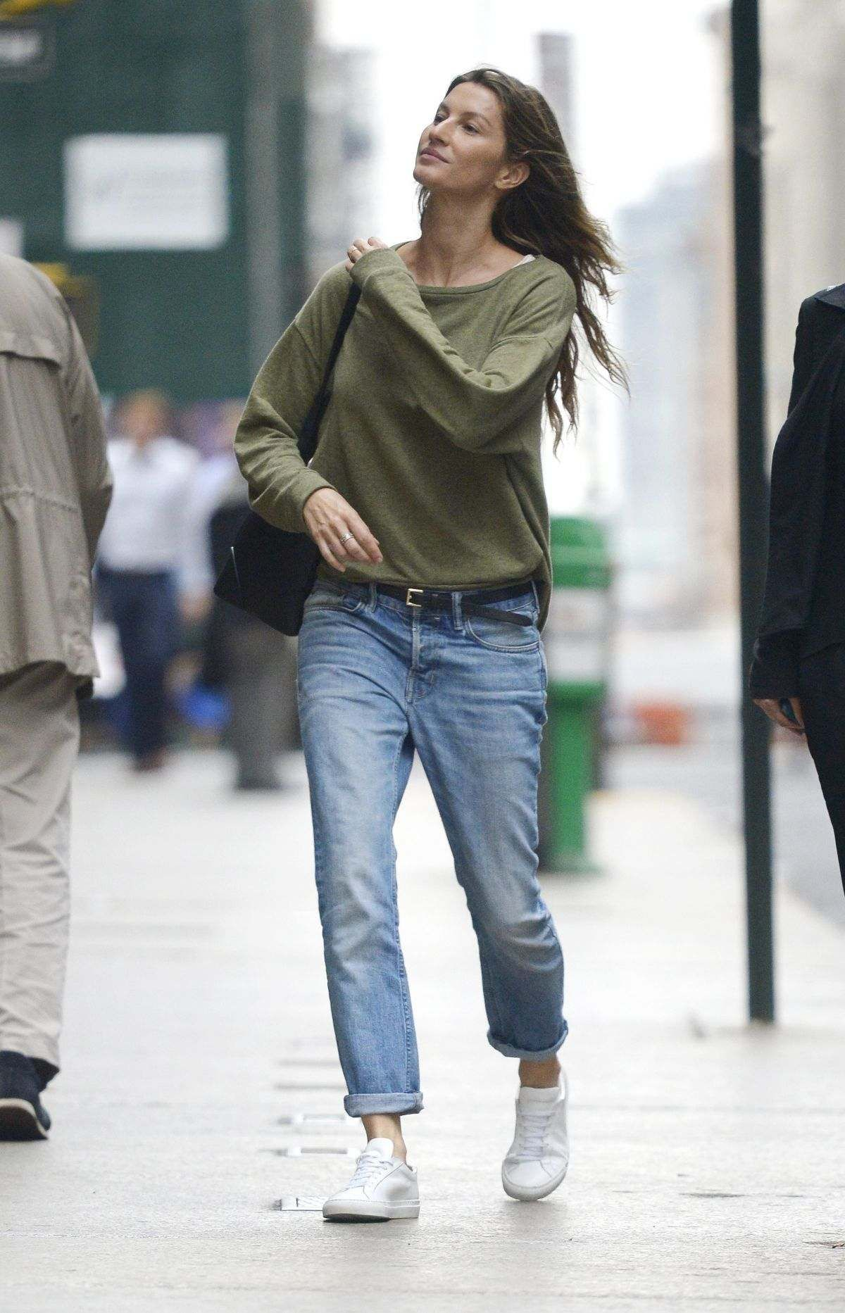 1d21128bf Gisele Bundchen Out And About In New York   Ah! Gisele!   Gisele ...