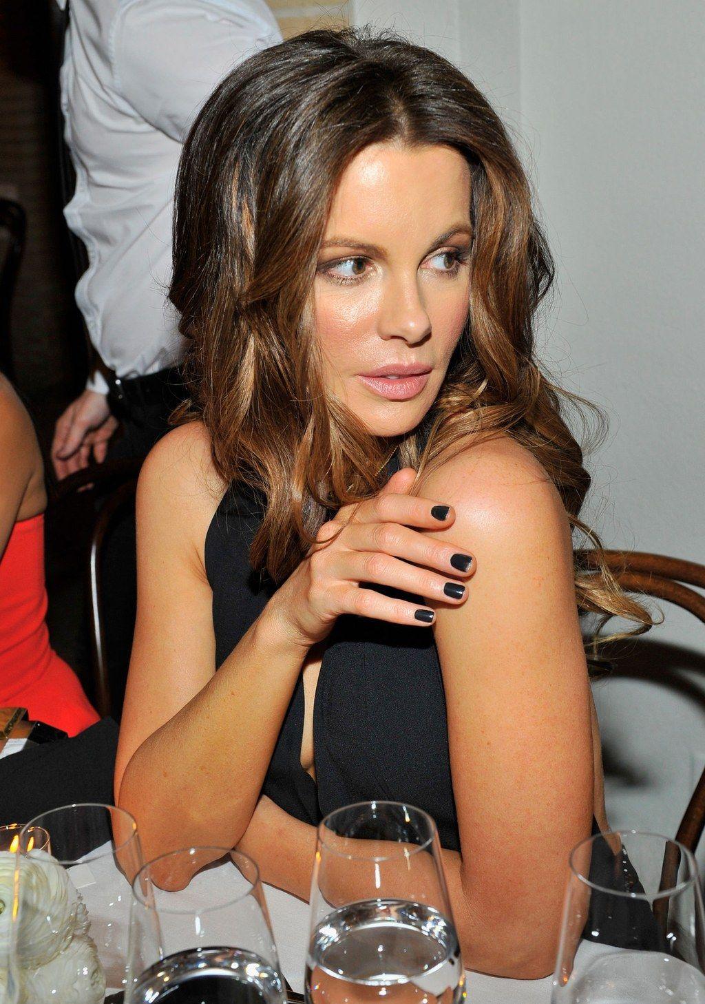 Change-Your-Life Beauty Tip: How to Remove Dark Nail Polish | Dark ...
