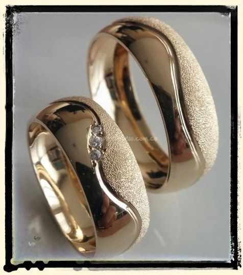 Pin By Nina Deco On Boda With Images Couple Wedding Rings