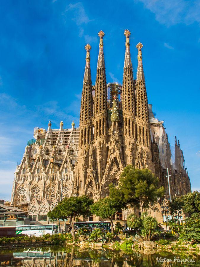 Sagrada Familia Barcelona Spain By Alika Places I Have Been