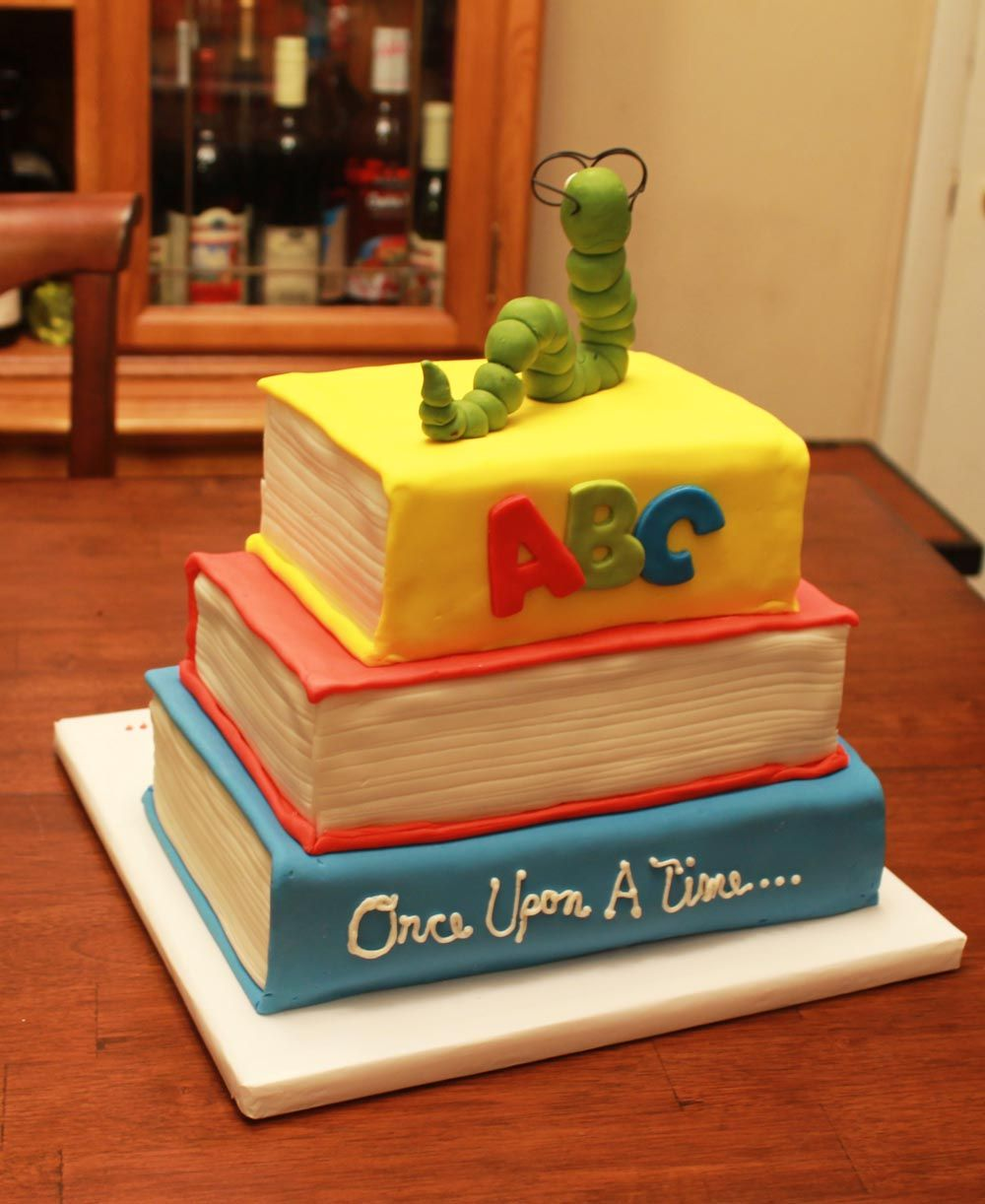 Book Worm Cake Book Cakes Book Themed Birthday Party Cool Birthday Cakes