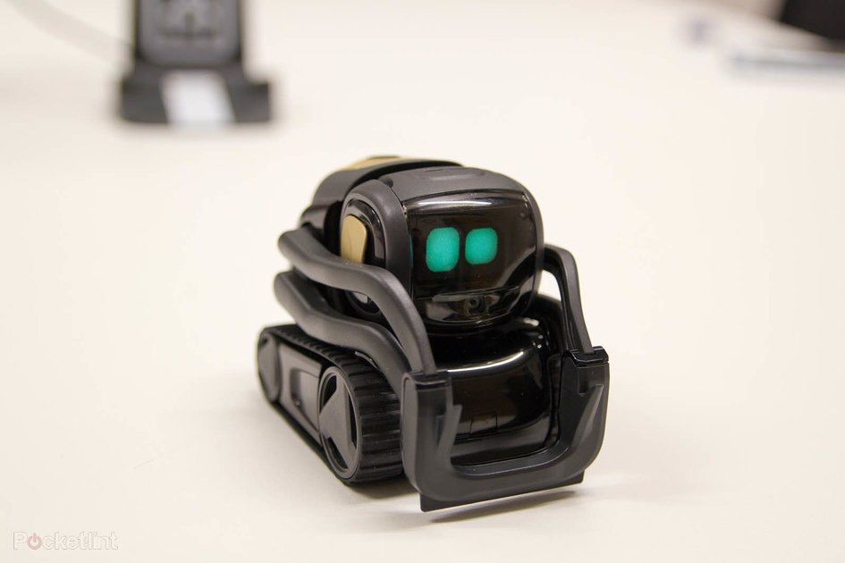 Anki Vector is the most adorable toy robot you're ever going