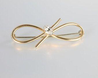 Vintage Krementz crystal Bow Brooch pin, small dainty Krementz jewelry