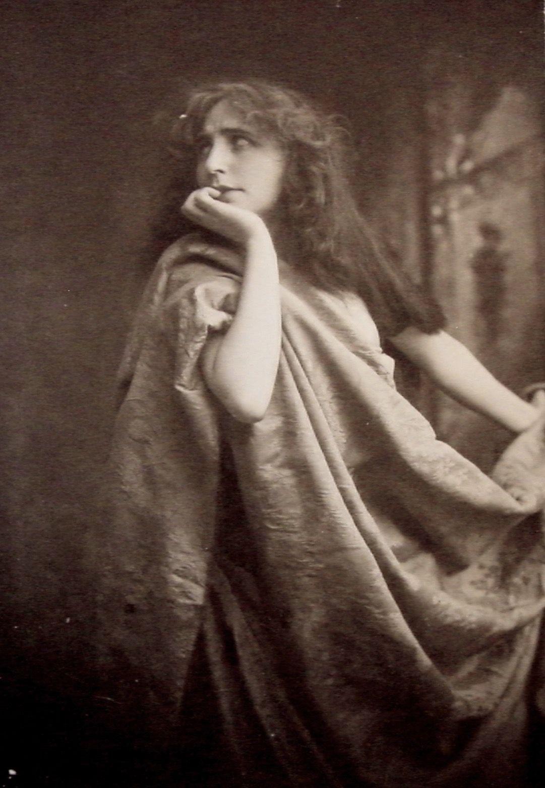 Dorothy Vernon (actress)