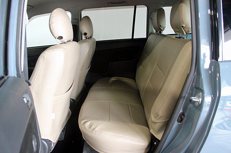 遠くからクラシックなトヨタのエンブレムをつけたアンヴィルのプロボックスがやってきました それはそれはヌルテカでカッコイイ イカした車でした プロボックスsuvカスタム専門店カージャパン 2021 Suv カスタム プロ ボックス トヨタ