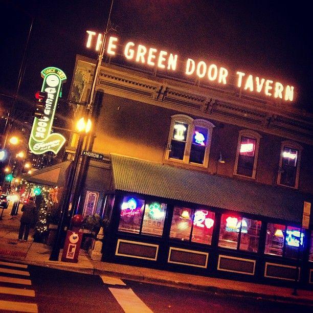 Historic Chicago bar Green Door Tavern (Chicago Pin of the Day 10/ & Historic Chicago bar Green Door Tavern (Chicago Pin of the Day ... pezcame.com