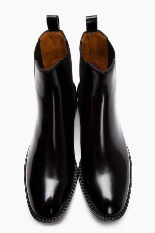 Black patent-leather Chelsea boots by Saint Laurent