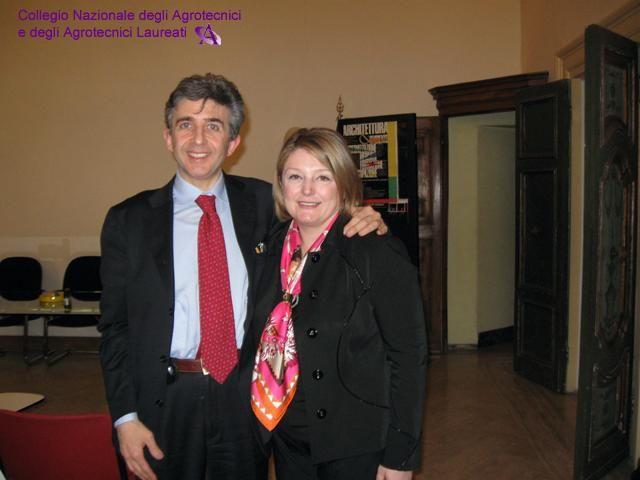 Roberto Orlandi (Presidente Agrotecnici) con la Presidente del CUP, Marina Calderone, nel giorno dell'elezione (27 marzo 2009).