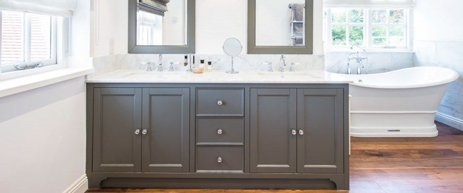 Traditional Shaker Style Bathroom Vanity Unit In Matt Grey With Marble Top