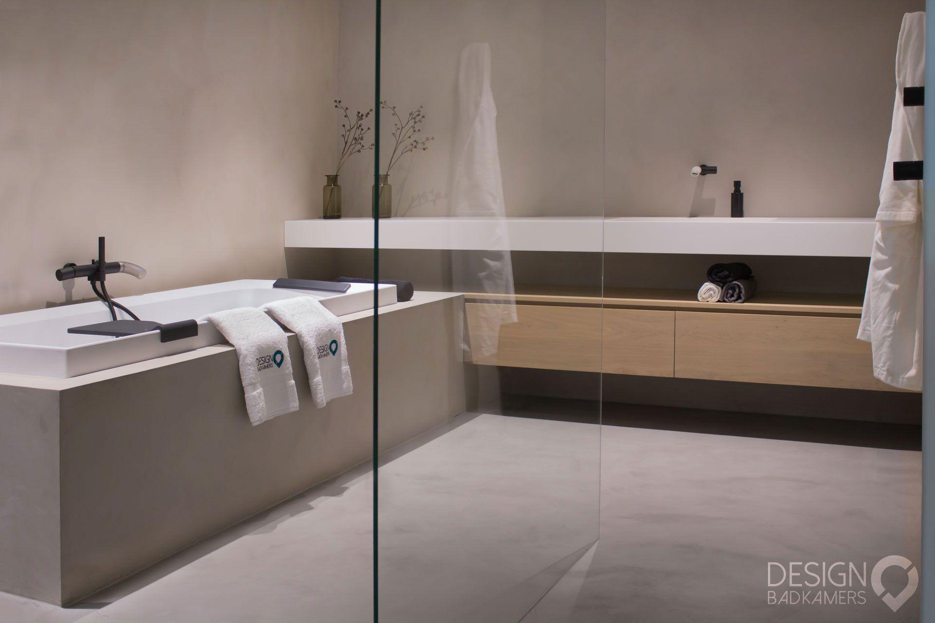 Beton Muur Badkamer : Maatwerk badkamer met gebruik van micro beton betonciré op de