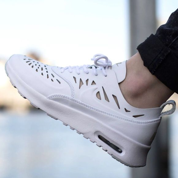 Nike Air Max Thea Leather Sneakers •White leather Air Max
