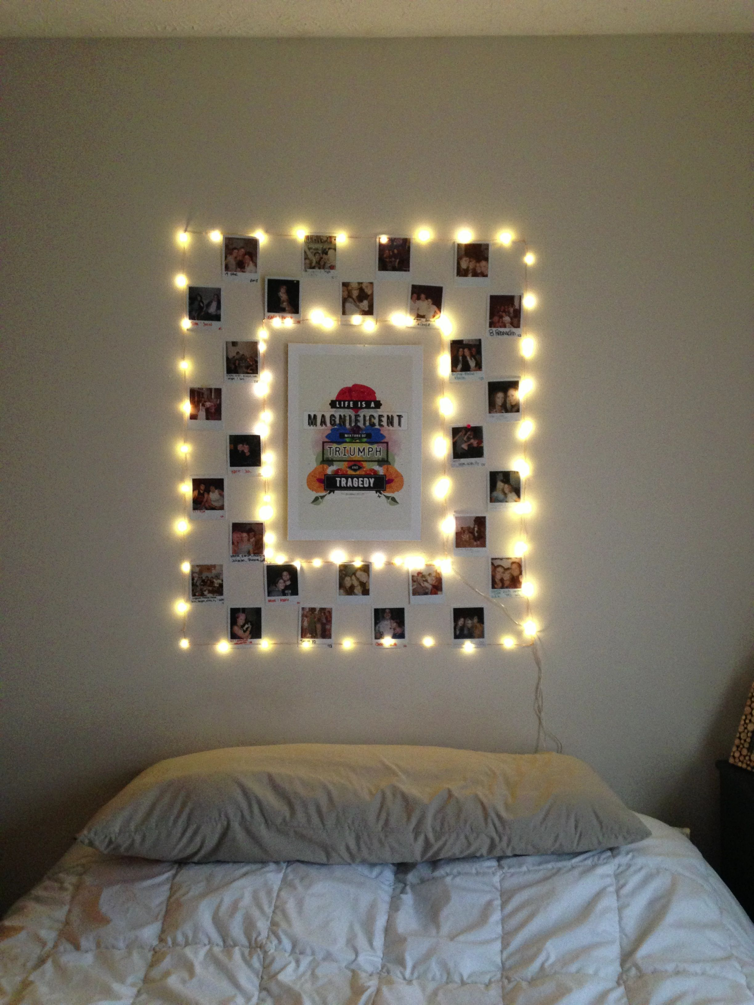 Poster With Christmas Light Frame And Polaroid In Lays In Checkered Pattern In Bedroom Christmas Lights Christmas Bedroom Checkered Pattern