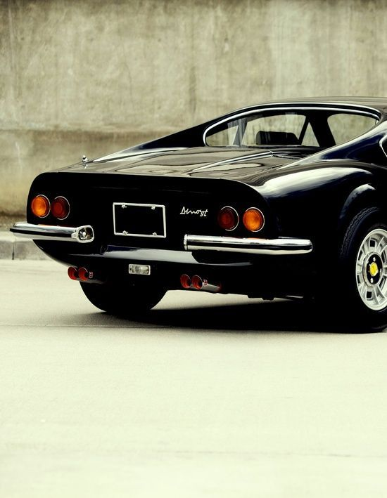 Ferrari Dino.