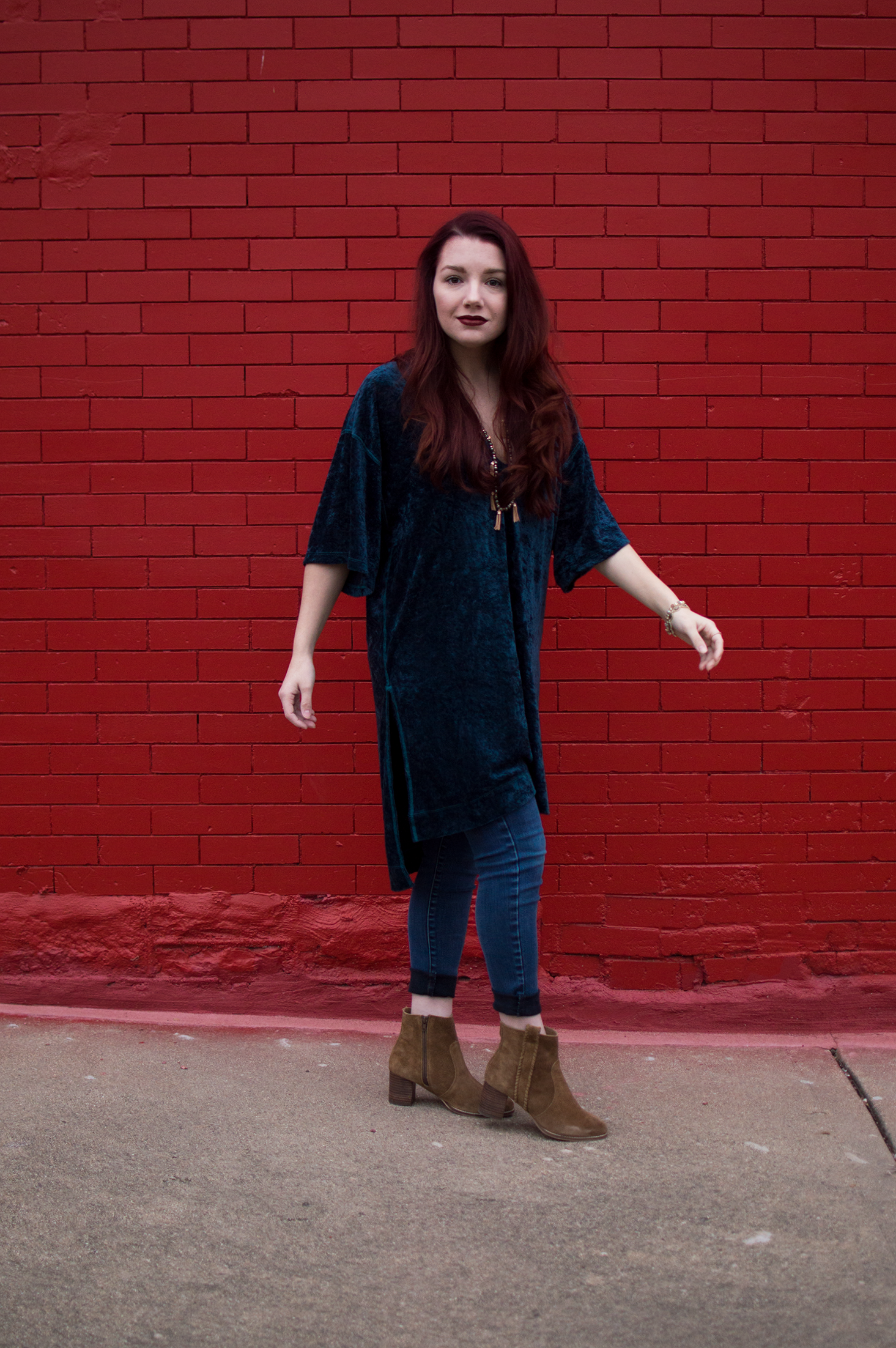 Free People velvet tunic + skinny jeans + suede ankle booties + Kendra Scott jewelry