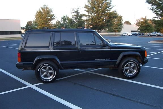 1996 Jeep Cherokee Mine Was A White Two Door With Black Trim It Was A Fun Car Jeep Cherokee Jeep Xj Jeep