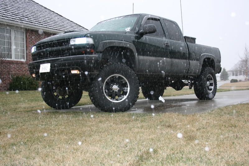 Best Lift Kit For Chevy 2500hd >> Lifted Chevrolet Silverado Trucks Chevy S Are A Girl S