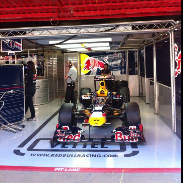#1 Vettel. Red Bull RB8