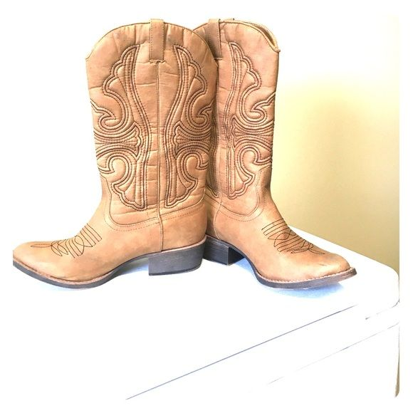 Boots, Cowgirl boots, Rack room shoes