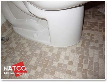 How To Replace Caulk Around A Toilet | Bathroom space ...
