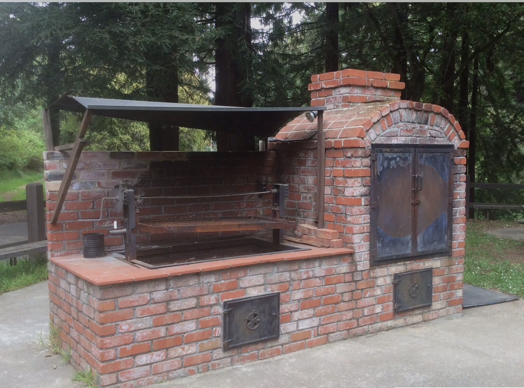 Outdoor Brick Smoker Oven