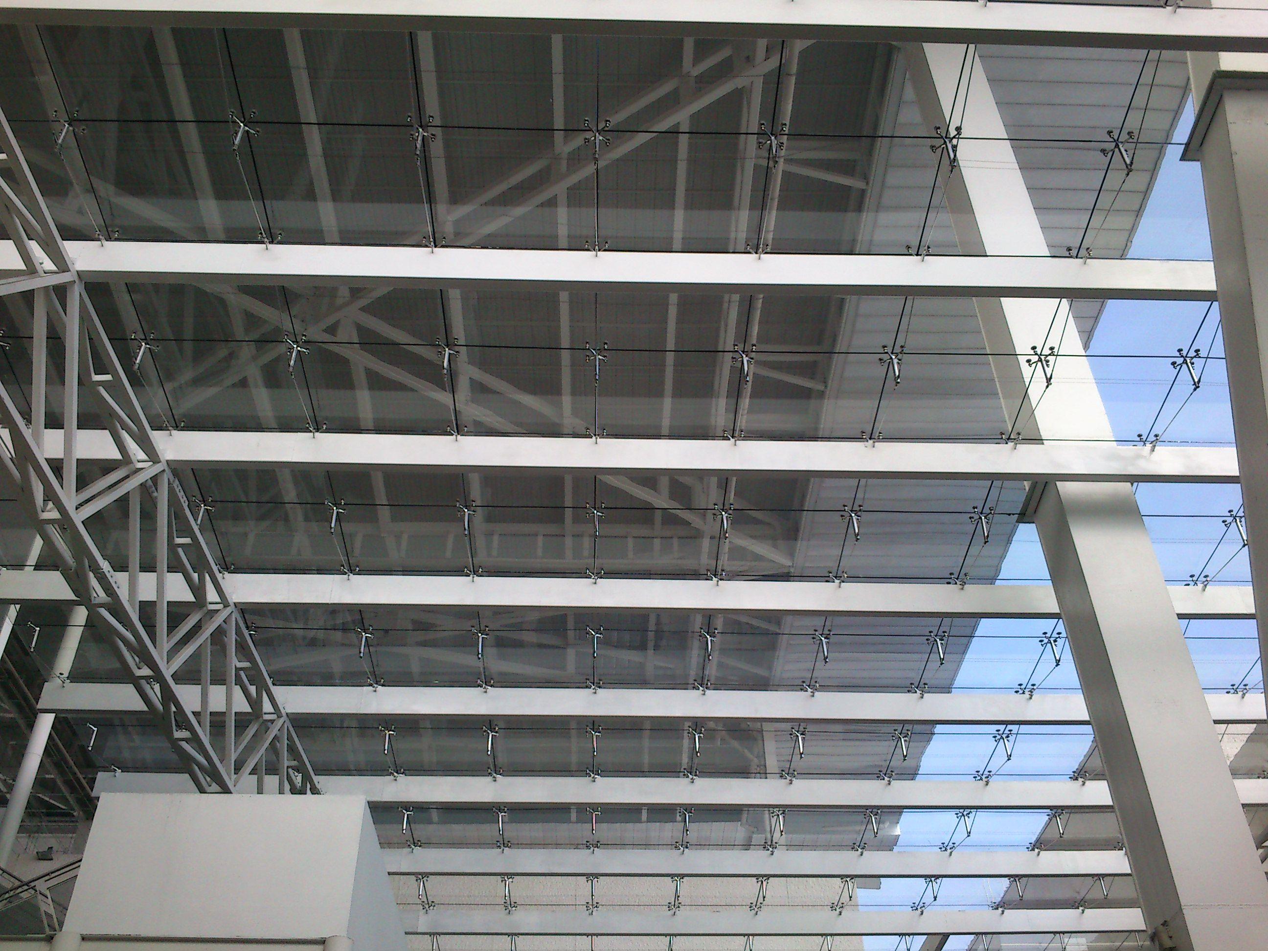 Cubierta de vidrio laminado arquitectura obras propias vidrio vidrio laminado y techo de vidrio - Cubierta de cristal ...