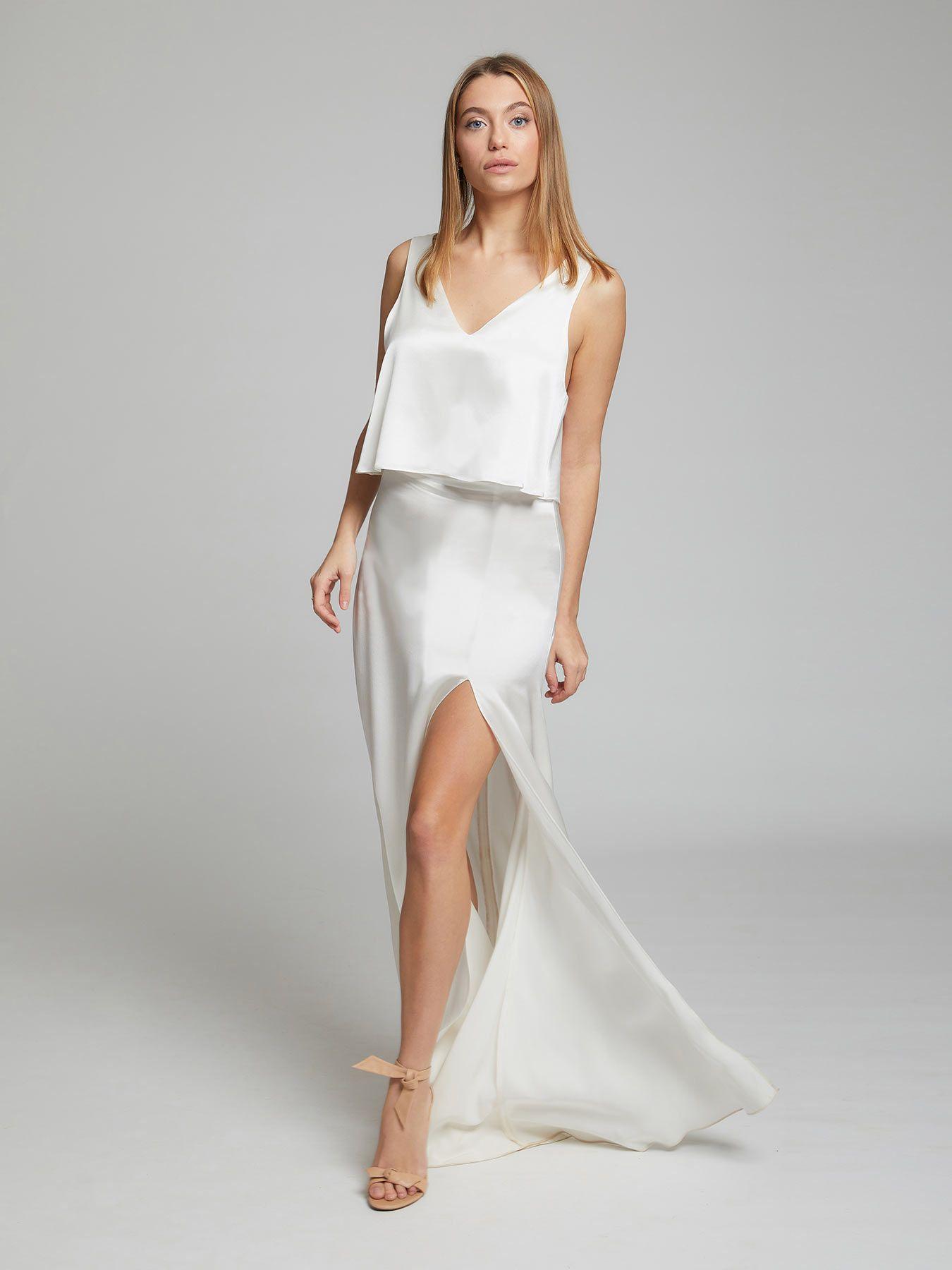 Pin On The White Dress [ 1800 x 1350 Pixel ]