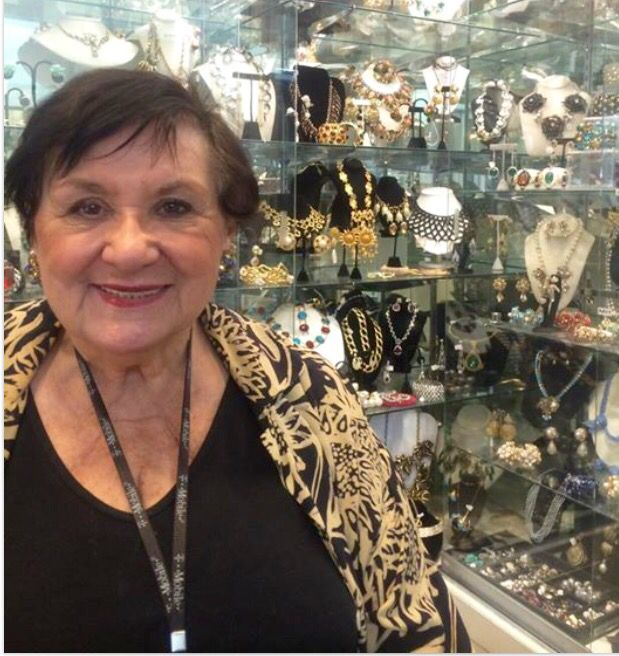 When in NYC, to see rare, collectible, current designer jewelry & accessories, visit Connie, the JEWELDIVA @nyshowplace galleries 9-10 ! Experience THE JEWELDIVA COLLECTION in person! #vintagejewelry #costumejewelry #finejewelry #diamonds #cartier #chanel #hermes #french #sterling