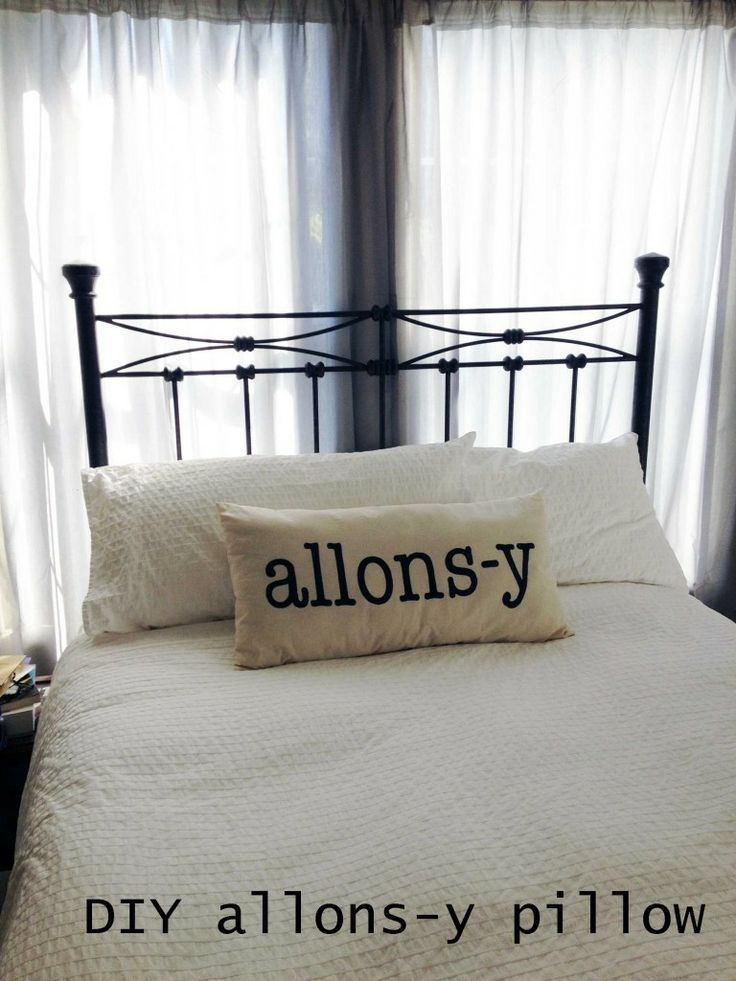 Diy allons y pillow doctor who crafts and more pinterest diy allons y pillow solutioingenieria Gallery