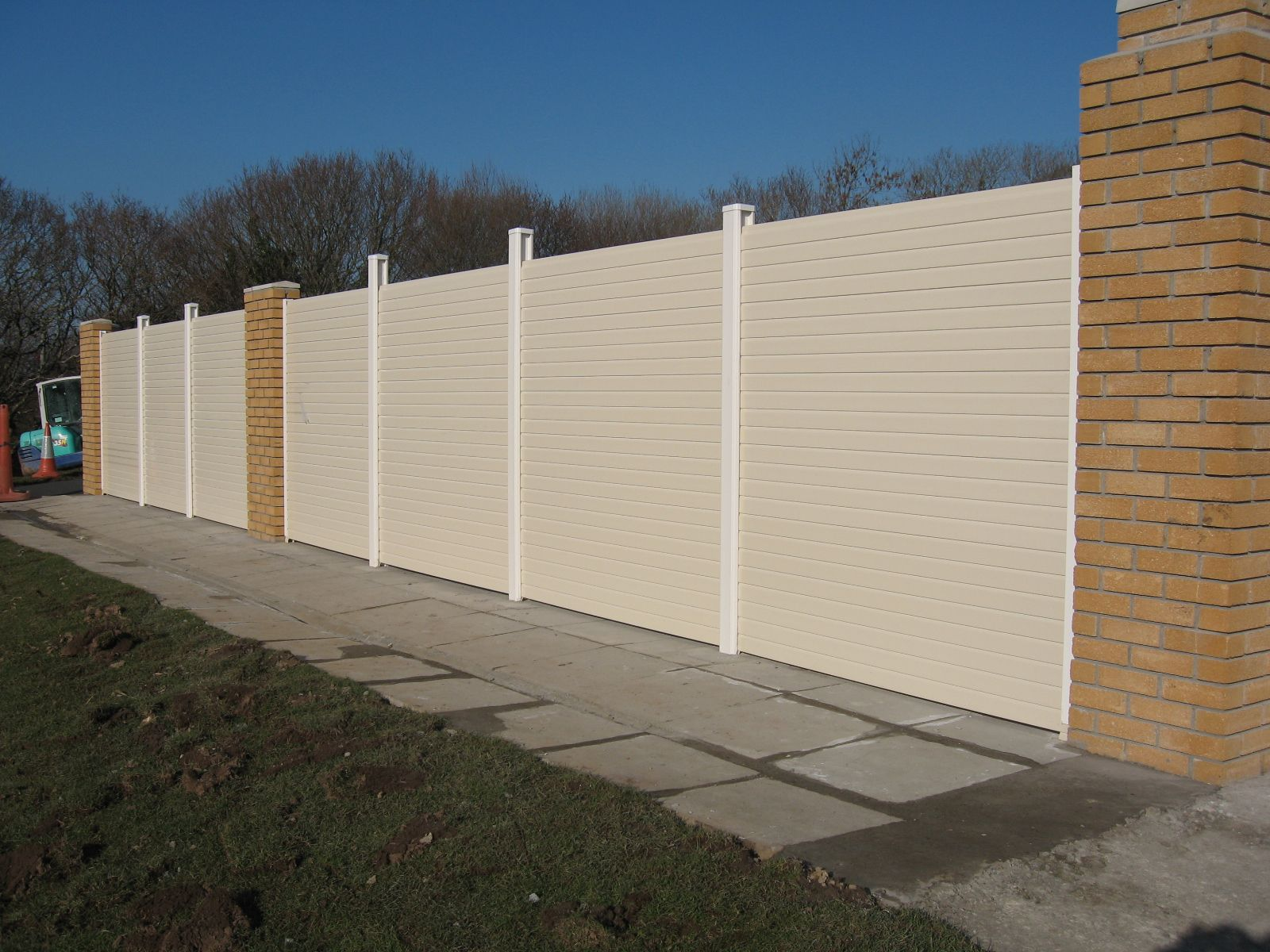 Cream gravel boards | Decking and Fencing | Pinterest