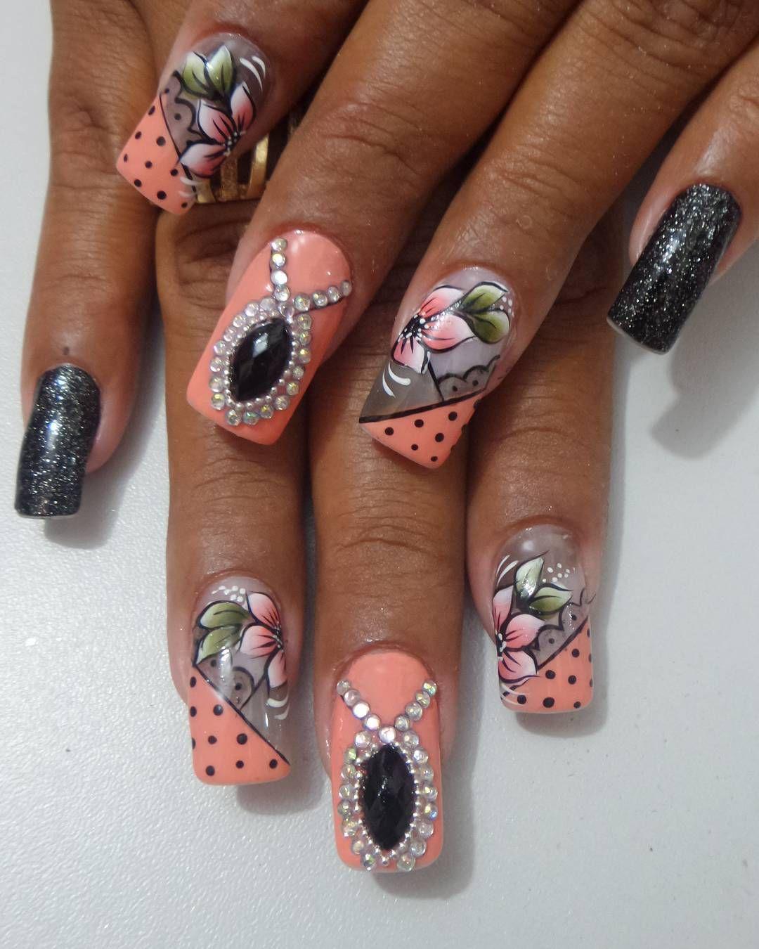 Pin by Lelu Nail on Unhas decoradas | Pinterest | Bling nails ...