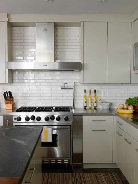 Dream Cooks Kitchen 2x8 Subway Tiles In Lieu Of Traditional 3 X 6
